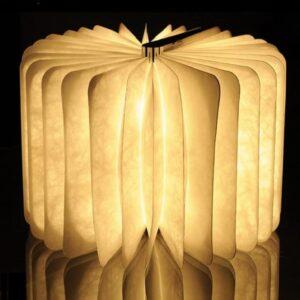 Bestland LED Buch Lampe Holz Dekorative Nachtlicht Aufladbare Faltbar Buch Tischlampe Wandlampe